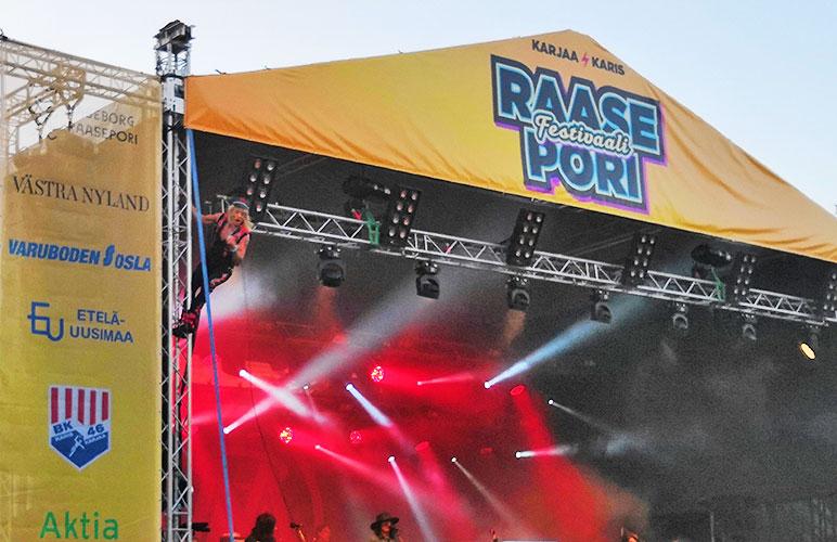 Kaupunkilaiset äänestivät kulttuuripalkinnon Raasepori Festivaalille, joka järjestettiin Karjaalla ensimmäisen kerran viime kesänä.