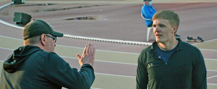 Valmentaja Glenn Lignell ja keihäänheittäjä Oliver Helander Paavo Nurmi Games 2021